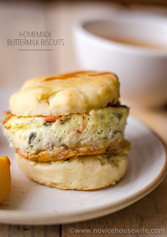 Buttermilk Biscuits | The Novice Housewife