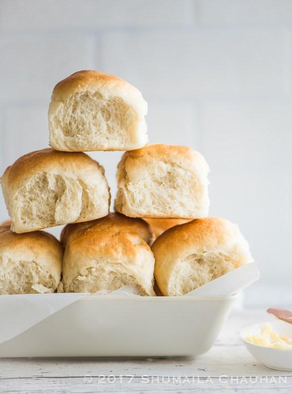 The best homemade dinner rolls/ pav buns