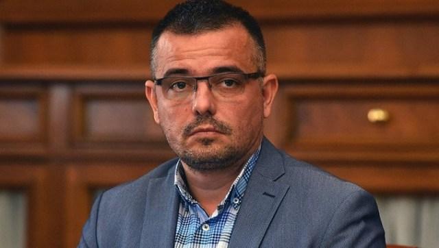 Francuska sobarica Dragan Đilas - brana da neko radikalnije ne krene u rušenje Vučićeve krimokratije