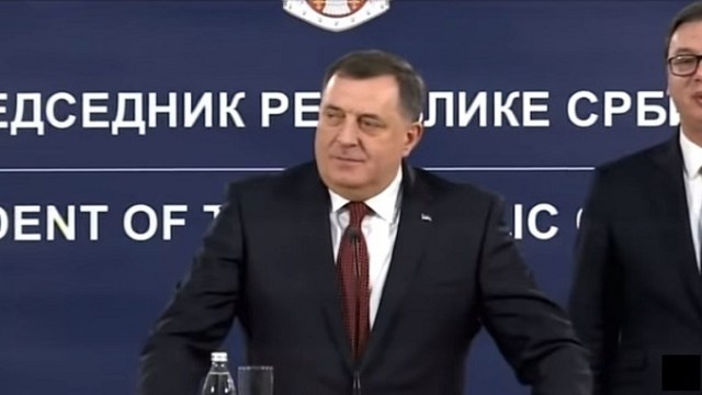 Dodik: Nema NATO aviona na Manjači
