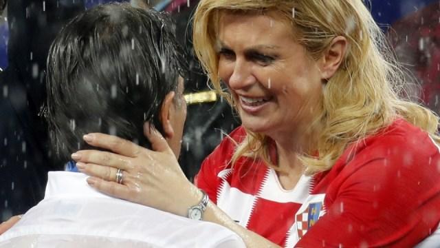 Očijukanje, cmakanje & fašizam: Šta je hrvatsku predsednicu preporučilo za Fulbrajtovu nagradu?