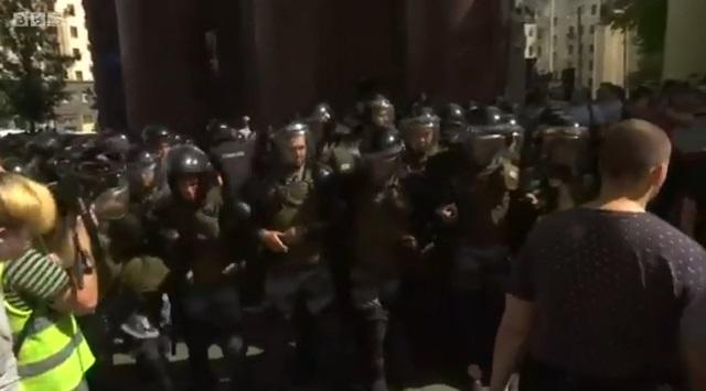 Protesti u Moskvi: Više od 600 uhapšenih, među njima i liderka opozicije Ljubov Sobolj