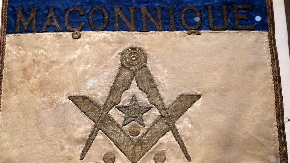 Može li se istovremeno biti katolik i mason?