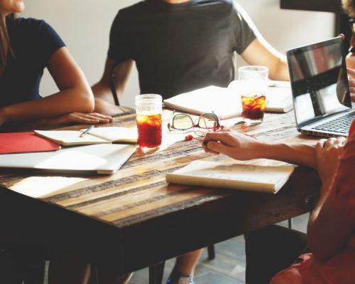 Favoriser la communication favorise la créativité