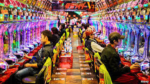 Unterschlagung und illegales Glücksspiel: Thailands Polizei gelingt Doppelschlag