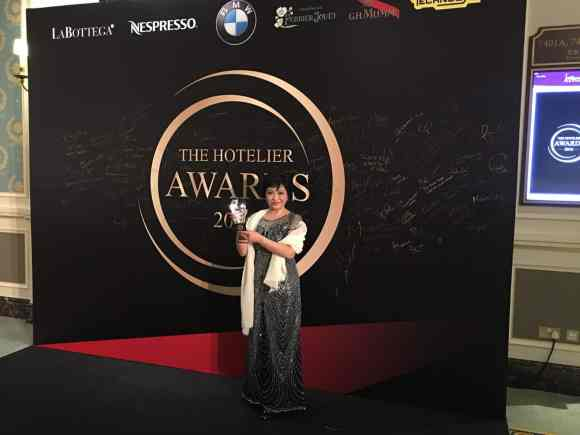 Winner of Owner representative of the year, Norma Yan Manping from the Marco Polo Hotel