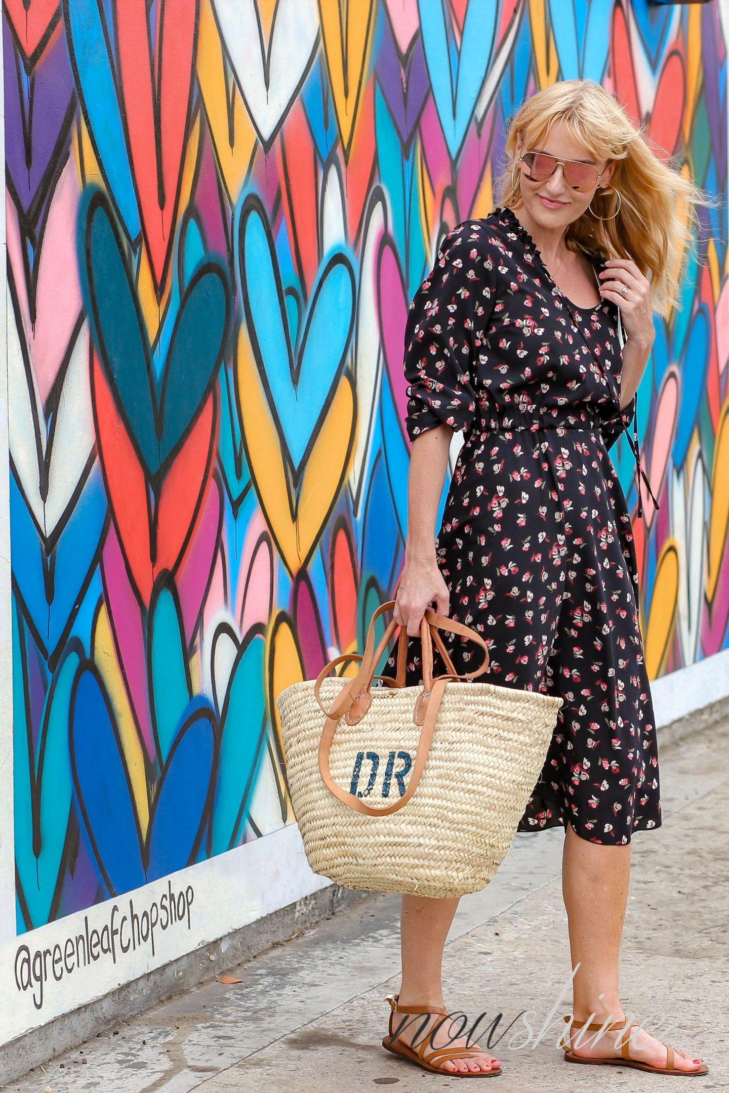 Aus dem WENZ Katalog - Kleid mit Blumen für das Cali Feeling - Nowshine ü 40 Mode