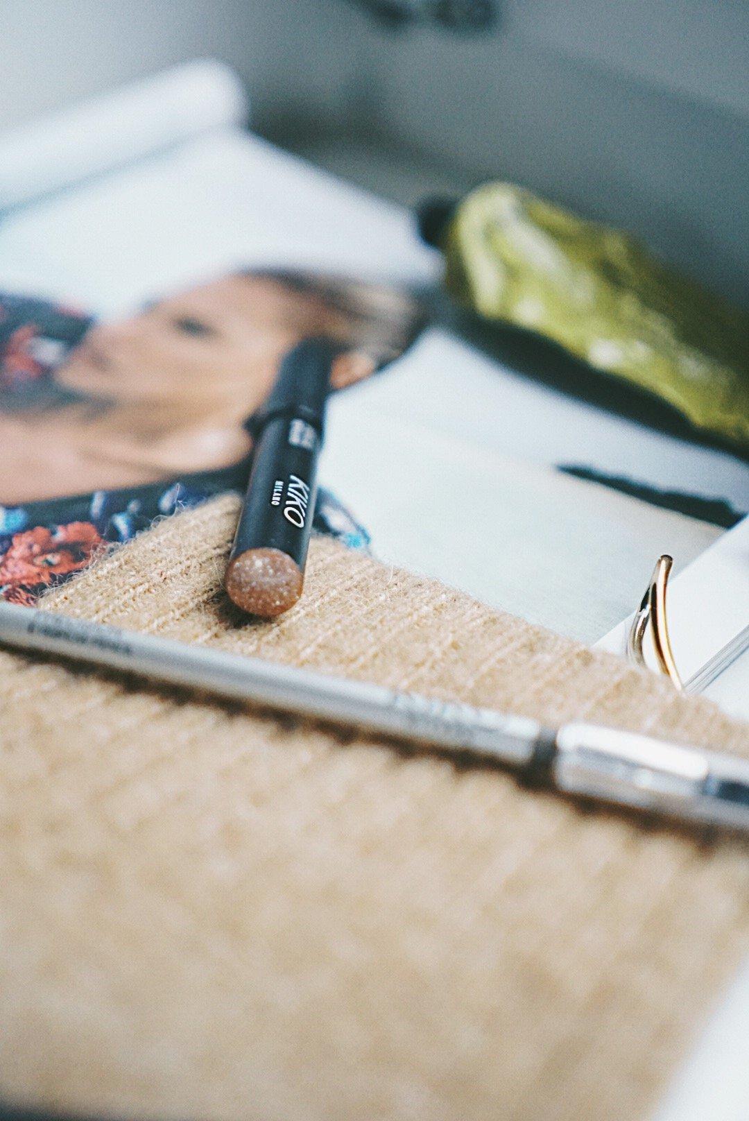 Pencil_Lip_Gloss_Kiko-Augenbrauen_schminken-Nowshine-Beauty-Blog-ü40