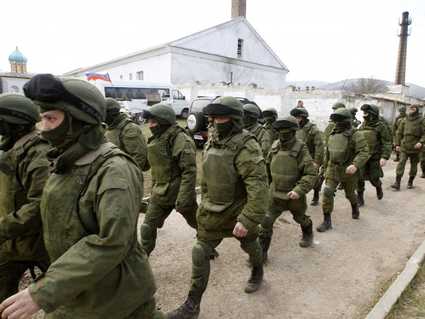 eastern-ukraine-secession-talks-intensifies-as-russian-troops-surround