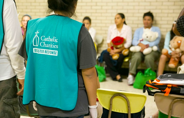 catholic-charities-rio-grande-undocumented-illegal-immigrants-numbers-swelling