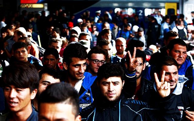 obama-bringing-quarter-million-muslim-migrants-into-united-states-annually