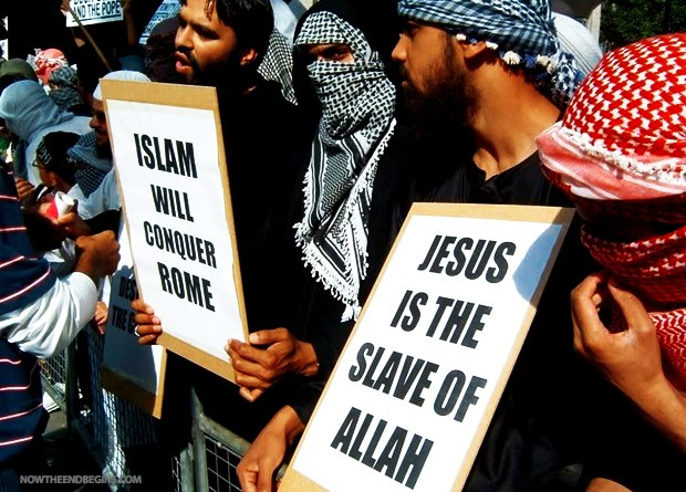 isis-says-will-kill-pope-and-take-over-rome