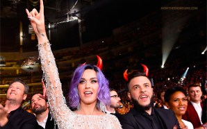 katy-perry-wearing-devil-horns-at-2015-grammys-satanism-in-america