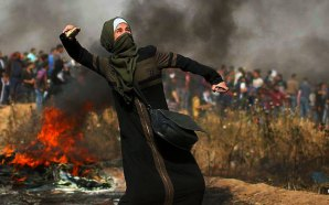 palestinians-protest-gaza-border-kite-bomb-burning-tires-israel