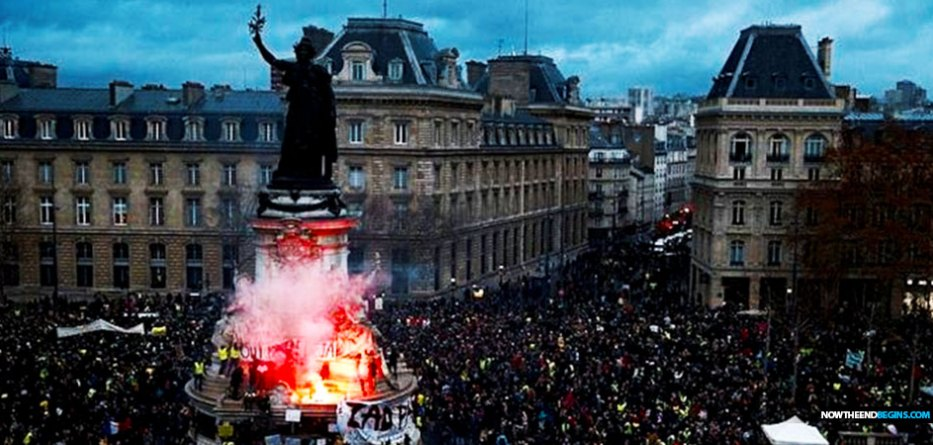 protesters-sweden-yellow-vest-paris-un-global-migration-pact-globalism-climate-change-tax