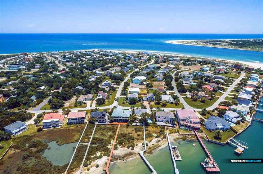 beautiful-porpoise-point-vilano-beach-florida
