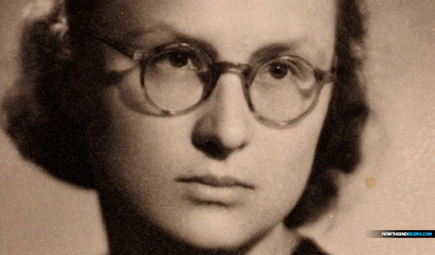 krystyna-czyz-ravensbruck-nazi-concentration-camp-coded-letters-urine