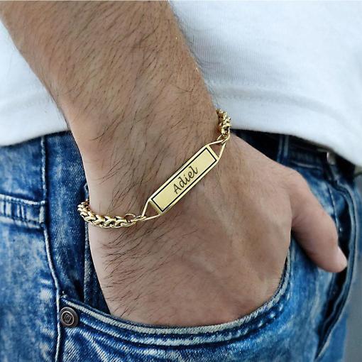 צמיד זהב עם חריטה לגבר