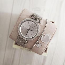 שעון מייקל קורס וצמיד חרוזים לבבות