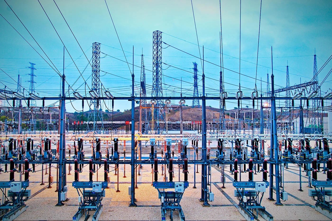 Thwarting a Power Grid Control Center Cyberattack