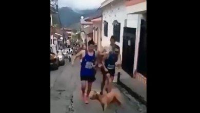 Photo of Κολομβιανός δρομέας κλώτσησε σκύλο και έχασε τον χορηγό του