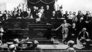 Photo of Όταν ο Θεόδωρος Πάγκαλος έβγαλε περίστροφο μέσα στη Βουλή