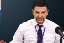 Photo of Πάταγο κάνει ο Τάκης Ζαχαράτος υποδυόμενος τον Νίκο Χαρδαλιά (Βίντεο)