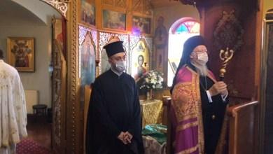 Photo of Ηχηρό μήνυμα από το Πατριάρχη: Με μάσκα στην εκκλησία