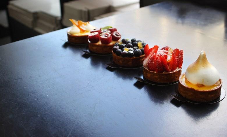 Photo of Το Γλυκό: Ο Νικόλας Γαλανάκης δημιουργεί στην Ναύπακτο τα πιο υπέροχα γλυκά με τοπικά προϊόντα
