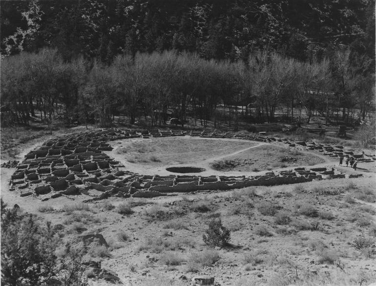 Historic Photos of Tyuonyi  Bandelier National Monument