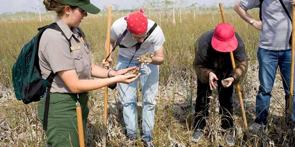https://i0.wp.com/www.nps.gov/common/uploads/akr/park/ever/972D0BEC-1DD8-B71C-07222C3EA346F1B5/972D0BEC-1DD8-B71C-07222C3EA346F1B5.jpg?resize=940%2C470&ssl=1 National Park Service Rangers