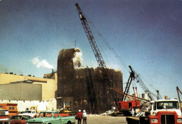 Demolition of a Reactor Containment Building