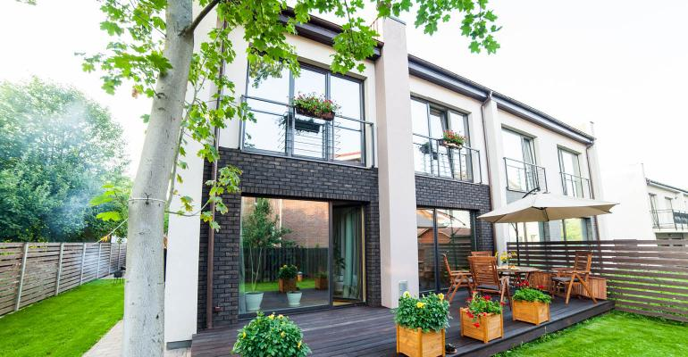 Garden Style Apartment Communities Outperform the Market  National Real Estate Investor