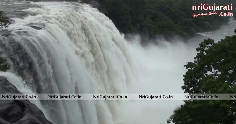 Athirapally Falls Wallpapers Bahubali Movie Waterfalls Location Name Which Waterfall