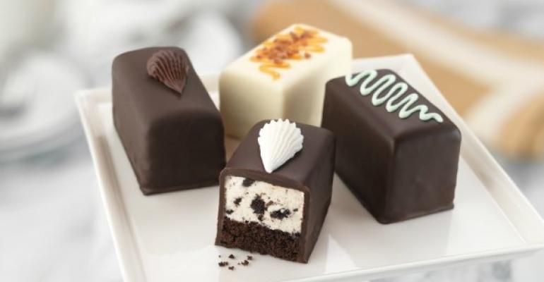 Mini desserts grow on restaurant menus  Nations Restaurant News