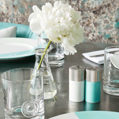Blue Egg Chair Office Chairs Nj Tiffany & Co. Unboxes Box Café | Nation's Restaurant News