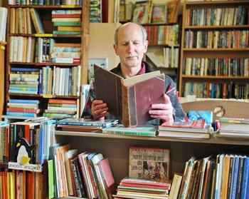 native speaker reading books