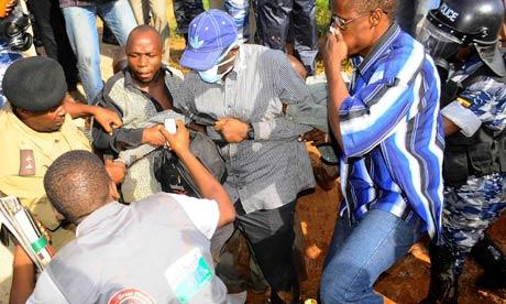 Kizza-Besigye--007