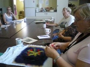 200902_workshop_felting_16