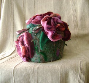 Liudmila Abramova: The Great Western Tea Cosy Challenge (Mudgee 2009) Winner Tea Cosy: Drink of the Love