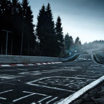 Δείτε μια απολαυστική οδήγηση στην πίστα Nürburgring με το ολοκαίνουργιο Focus ST (280 hp)