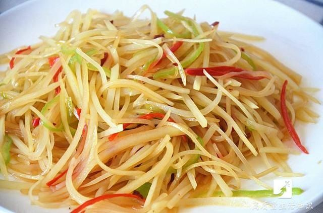 大廚不外傳秘訣 「酸辣土豆絲」這樣做才最好吃! | 中國電視新聞網|網絡電視|衛星電視