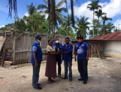 Demokrat Kabupaten Kupang Bagi Bantuan untuk Korban Badai Seroja