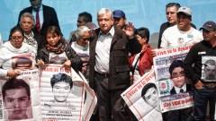 amlo_ayotzinapa08