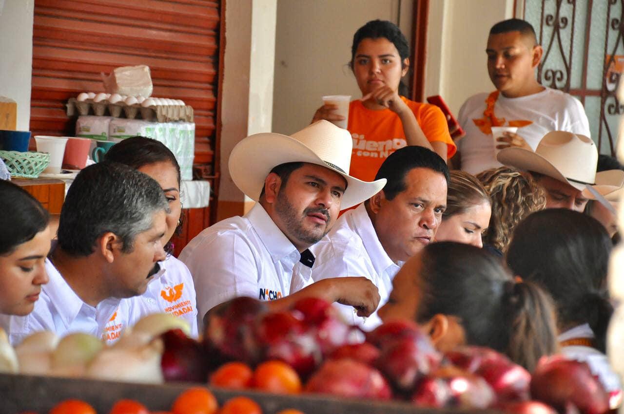 Propone Nacho Flores reactivación del comercio local; lo considera pilar de economía familiar