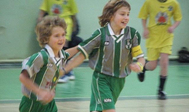 Mazie futbolisti ar uzvaru sveic Latviju dzimšanas dienā