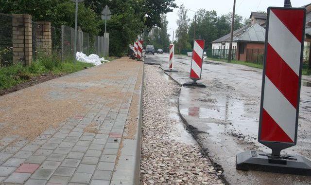 Spartaka ielā – beidzot ietve