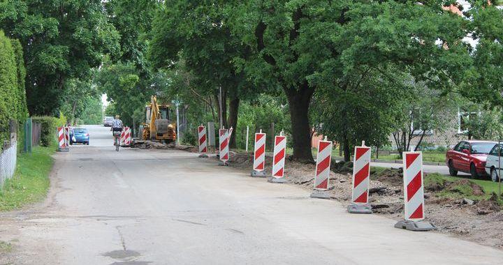 Papildu stāvvietas Dārzniecības ielā Tukumā, visdrīzāk, nebūs