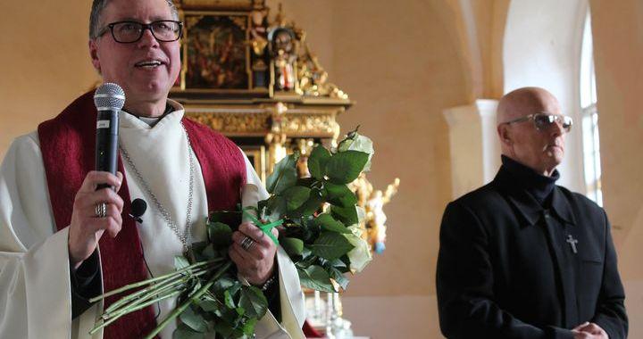 Jaunpils baznīcai – 425 /FOTO/