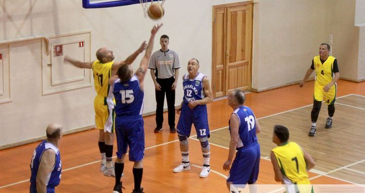 «K60+» Tukuma basketbolisti piekāpjas garkalniešiem